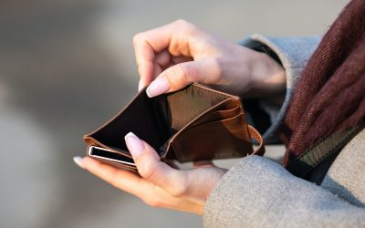 4 Steps To Stop Living Paycheck To Paycheck